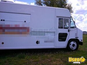 2005 All-purpose Food Truck Floor Drains Missouri Diesel Engine for Sale