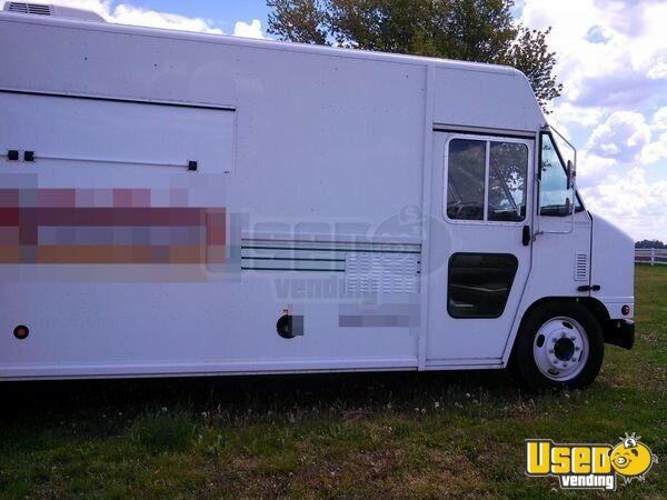 2005 All-purpose Food Truck Floor Drains Missouri Diesel Engine for Sale - 7