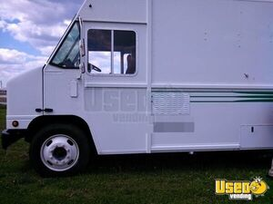 2005 All-purpose Food Truck Stainless Steel Wall Covers Missouri Diesel Engine for Sale
