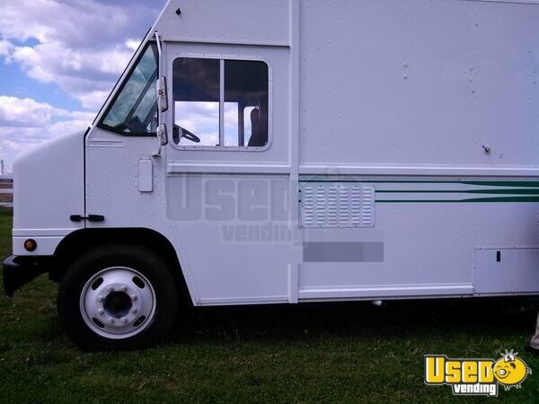2005 All-purpose Food Truck Stainless Steel Wall Covers Missouri Diesel Engine for Sale - 5