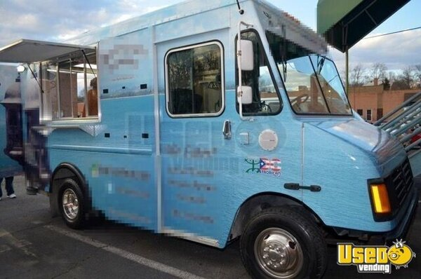2005 Chevrolet P30 Workhorse Step Van Food Truck Virginia Gas Engine for Sale