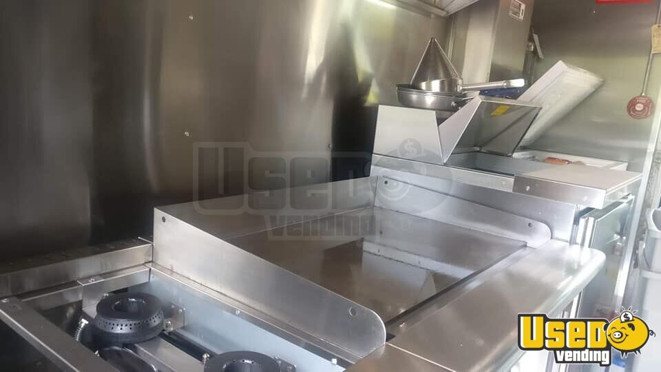 2005 Chevy Workhorse All-purpose Food Truck Cabinets Florida Diesel Engine for Sale - 3