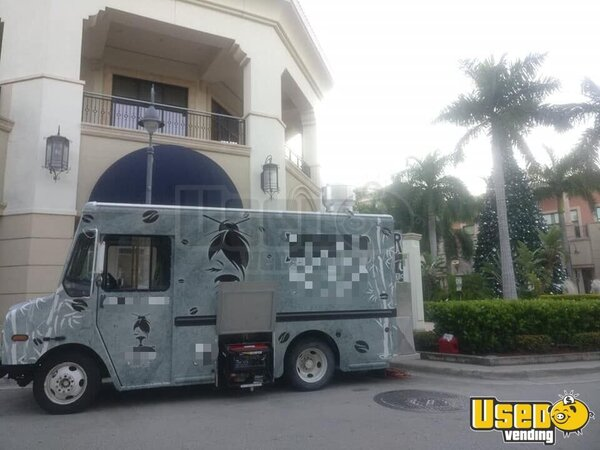 2005 Chevy Workhorse All-purpose Food Truck Florida Diesel Engine for Sale