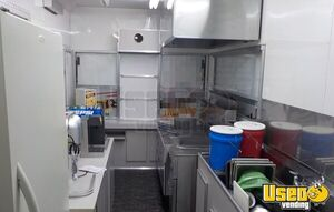 2005 Food Concession Trailer Concession Trailer Deep Freezer Michigan for Sale