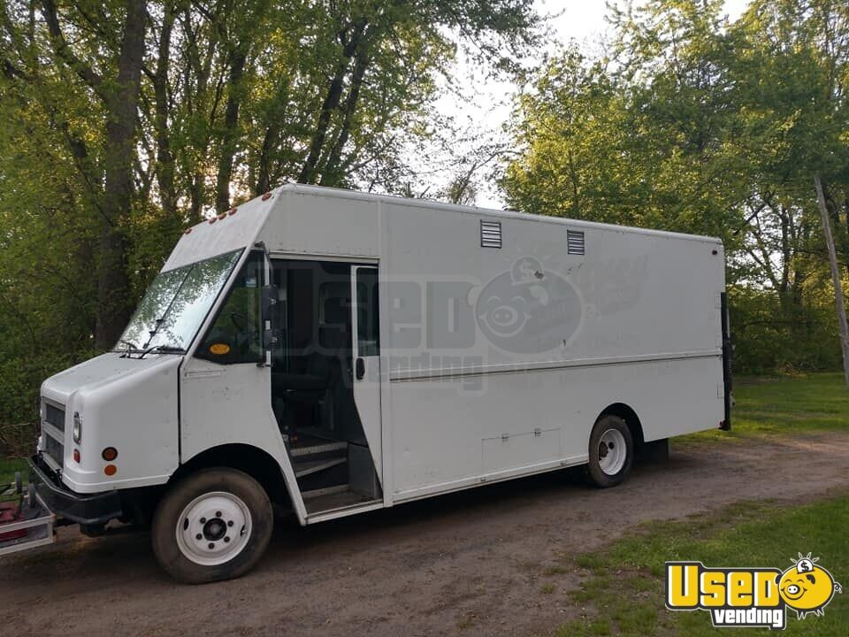 2005 Freightliner All-purpose Food Truck Concession Window Connecticut Diesel Engine for Sale - 2