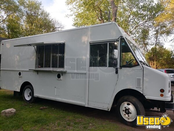 2005 Freightliner All-purpose Food Truck Connecticut Diesel Engine for Sale