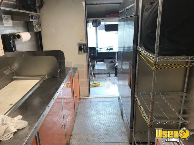2005 Freightliner Mt45 Pizza Food Truck Backup Camera Ohio Diesel Engine for Sale - 7