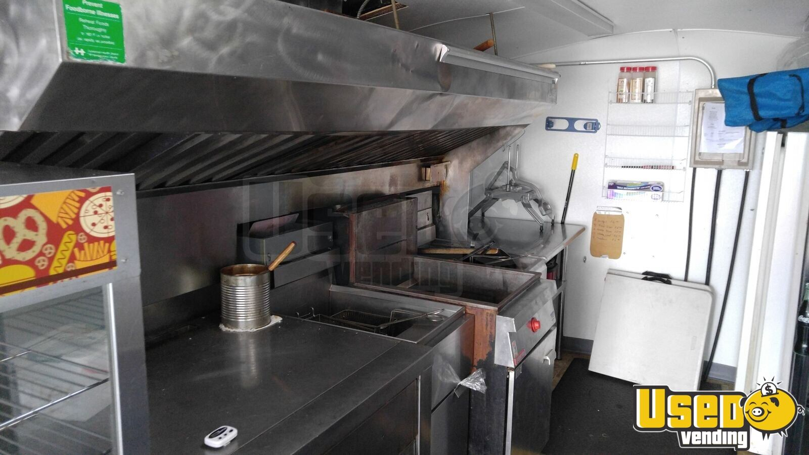 2005 Hallmark All-purpose Food Trailer Fryer Tennessee for Sale - 9