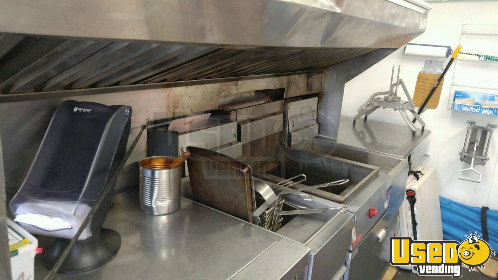 2005 Hallmark All-purpose Food Trailer Pizza Oven Tennessee for Sale - 10