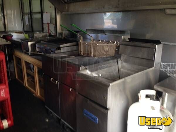 2005 Kitchen Food Trailer Cabinets Texas for Sale - 4