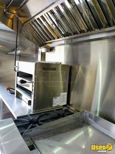 2005 P24 Step Van Kitchen Food Truck All-purpose Food Truck Insulated Walls Kentucky Gas Engine for Sale