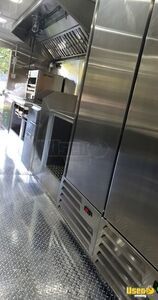 2005 P24 Step Van Kitchen Food Truck All-purpose Food Truck Stainless Steel Wall Covers Kentucky Gas Engine for Sale