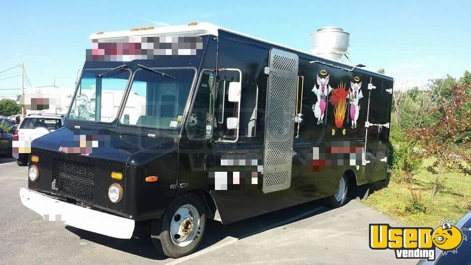 2005 Step Van Barbecue Food Truck Barbecue Food Truck Stainless Steel Wall Covers New York Diesel Engine for Sale - 3
