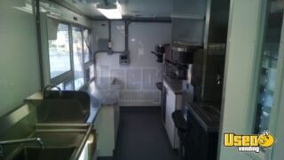 2005 Workhorse Food Truck Slide-top Cooler California Gas Engine for Sale - 9