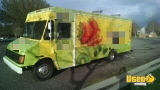 2005 Workhorse Food Truck Spare Tire California Gas Engine for Sale - 4