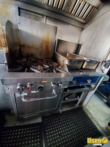 2005 Workhorse P30 Step Van Kitchen Food Truck All-purpose Food Truck Oven Virginia Gas Engine for Sale