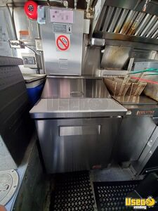 2005 Workhorse P30 Step Van Kitchen Food Truck All-purpose Food Truck Steam Table Virginia Gas Engine for Sale