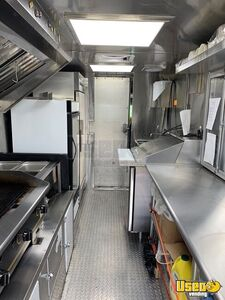 2006 14' Kitchen Food Truck All-purpose Food Truck Cabinets New York Diesel Engine for Sale