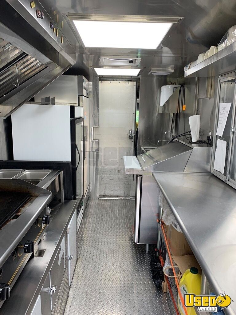 2006 14' Kitchen Food Truck All-purpose Food Truck Cabinets New York Diesel Engine for Sale - 4