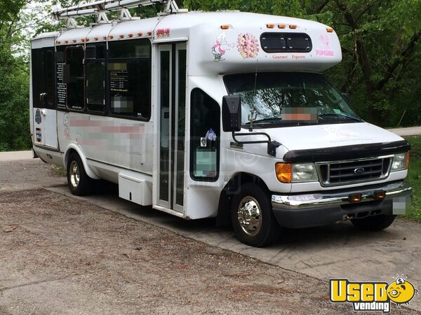 2006 ford e450 diesel bus food truck mobile kitchen for sale in illinois. Black Bedroom Furniture Sets. Home Design Ideas