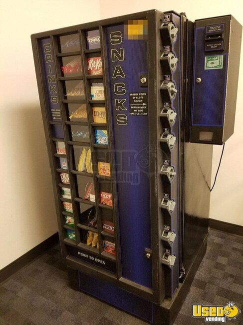 2006 Antares Snack /soda Machine Connecticut for Sale