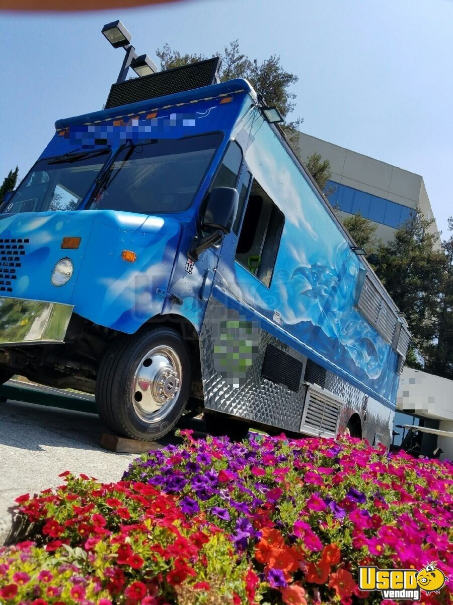 2006 Chevy Workhouse All-purpose Food Truck Concession Window California Gas Engine for Sale - 2