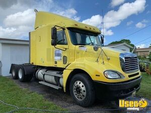 2006 Columbia Sleeper Cab Semi Truck Freightliner Semi Truck 3 Florida for Sale