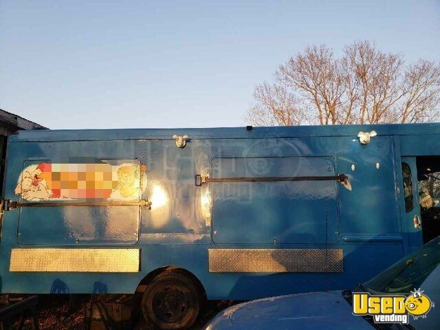 2006 Ford Box Truck All-purpose Food Truck Air Conditioning Missouri Diesel Engine for Sale - 2