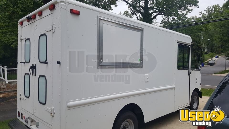 2006 Ford E-350 All-purpose Food Truck Cabinets Maryland for Sale - 3