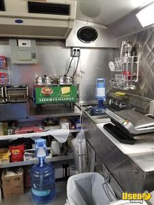 2006 Ford E-350 All-purpose Food Truck Prep Station Cooler Texas for Sale