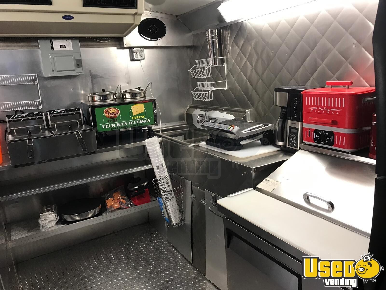 2006 Ford E-350 All-purpose Food Truck Vertical Broiler Texas for Sale - 16