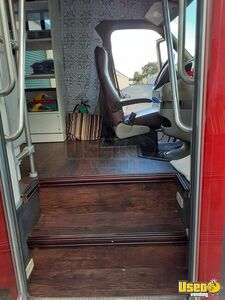 2006 Ford E350 Mobile Boutique Truck 12 Florida Gas Engine for Sale