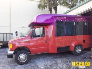 2006 Ford E350 Mobile Boutique Truck Air Conditioning Florida Gas Engine for Sale