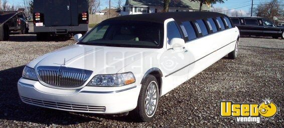 Lincoln Town Car Limousine Used Limousine For Sale In Ohio