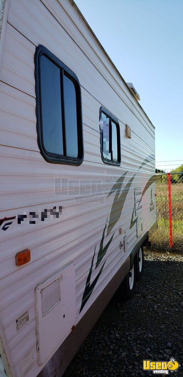 2006 Mallord Mobile Boutique Truck Awning Texas for Sale - 6