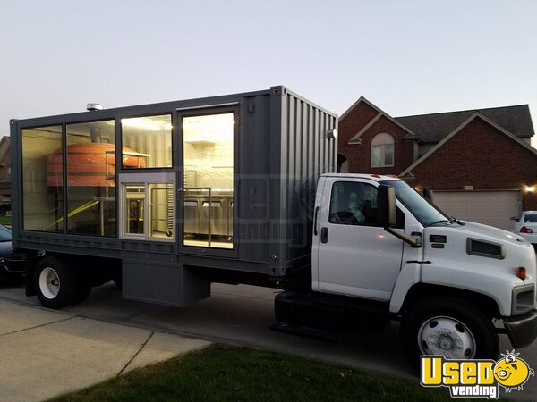 2006 Pizza Food Truck Michigan Diesel Engine for Sale