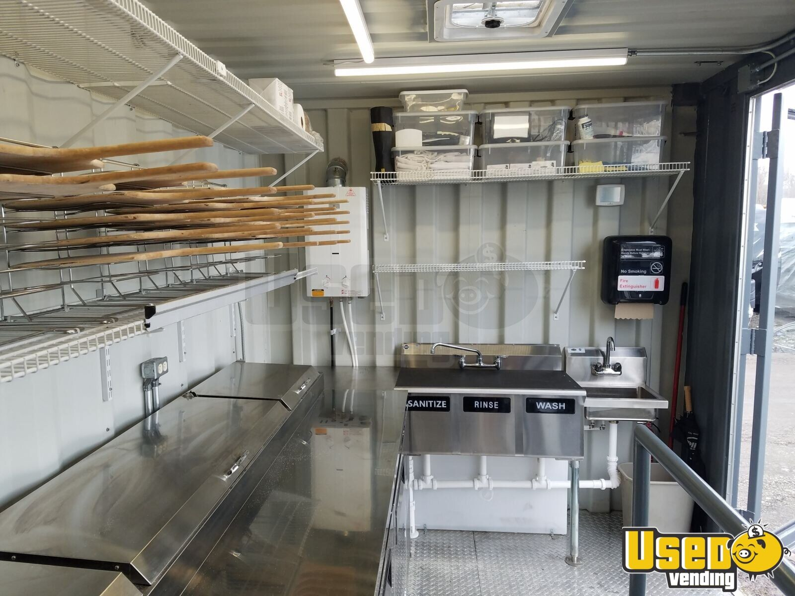2006 Pizza Food Truck Prep Station Cooler Michigan Diesel Engine for Sale - 10