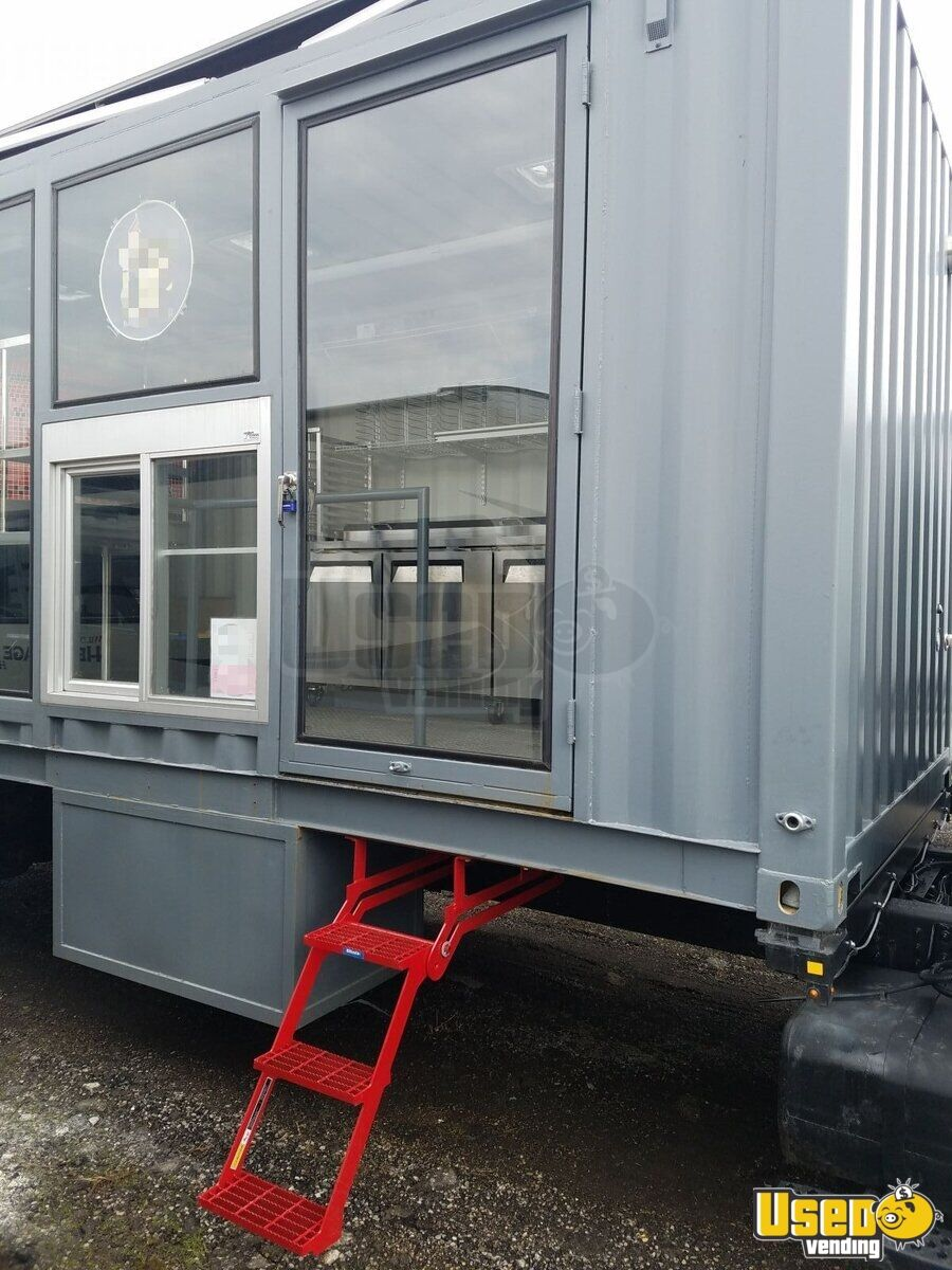 2006 Pizza Food Truck Propane Tank Michigan Diesel Engine for Sale - 7