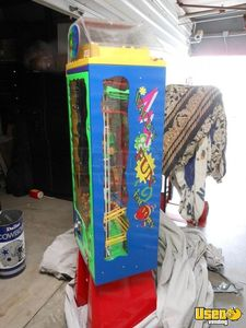 2006 Wacky Fun Factory - Super Wowie Zowie Large / Kinetic Gumball Machine 3 California for Sale