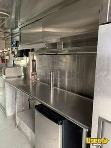 2006 Workhorse Kitchen Food Truck All-purpose Food Truck Fire Extinguisher Pennsylvania Gas Engine for Sale