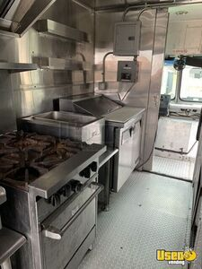 2006 Workhorse Kitchen Food Truck All-purpose Food Truck Stovetop Pennsylvania Gas Engine for Sale