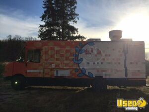 2006 Workhorse W42 Food Truck Air Conditioning Minnesota Gas Engine for Sale