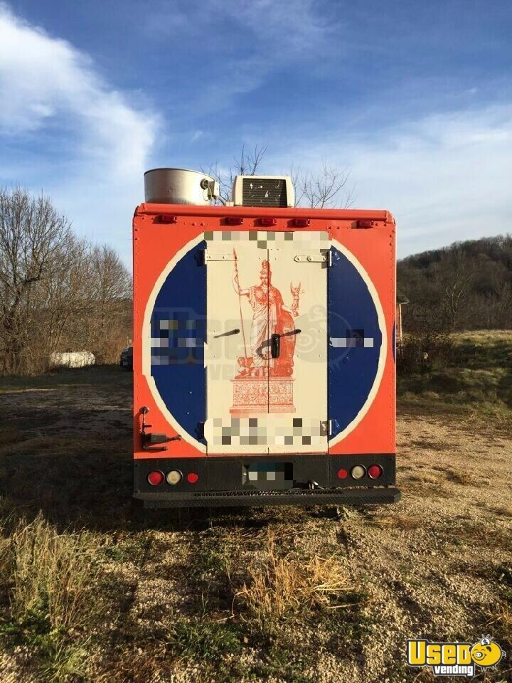2006 Workhorse W42 Food Truck Cabinets Minnesota Gas Engine for Sale - 4