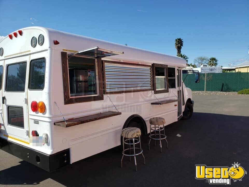 2007 Chevrolet All-purpose Food Truck Exterior Customer Counter California Diesel Engine for Sale - 4