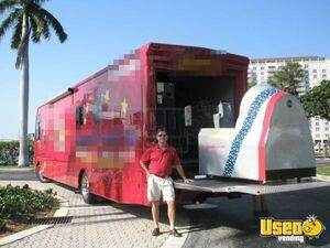 2007 Frieghtliner Custom Party / Gaming Trailer Insulated Walls Florida Diesel Engine for Sale