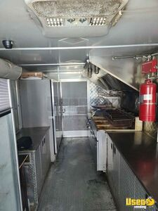 2007 Utilimaster Kitchen Food Truck All-purpose Food Truck Concession Window Tennessee for Sale