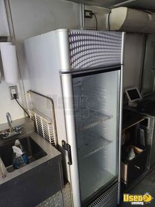 2007 Utilimaster Kitchen Food Truck All-purpose Food Truck Refrigerator Tennessee for Sale