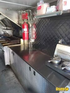 2007 Utilimaster Kitchen Food Truck All-purpose Food Truck Surveillance Cameras Tennessee for Sale