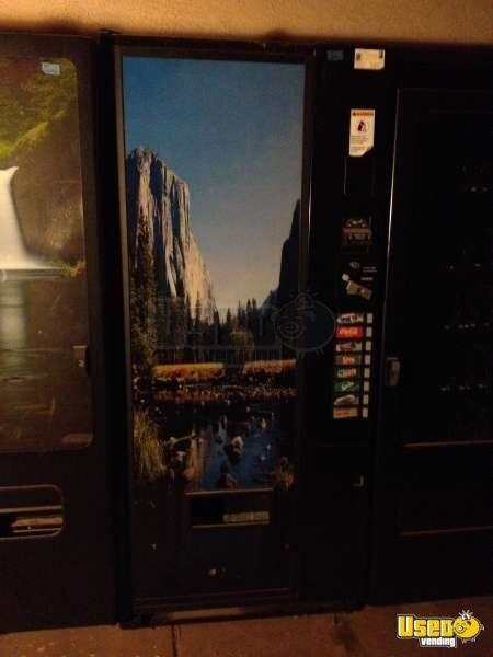 2007 Vendo 576 Vendo Soda Machine Arizona for Sale
