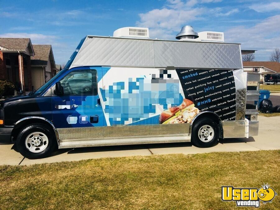 2008 Chevy Express G3500 Food Truck Air Conditioning Indiana Gas Engine for Sale - 2